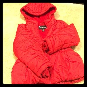 Rothschild red coat, size Large (6x).